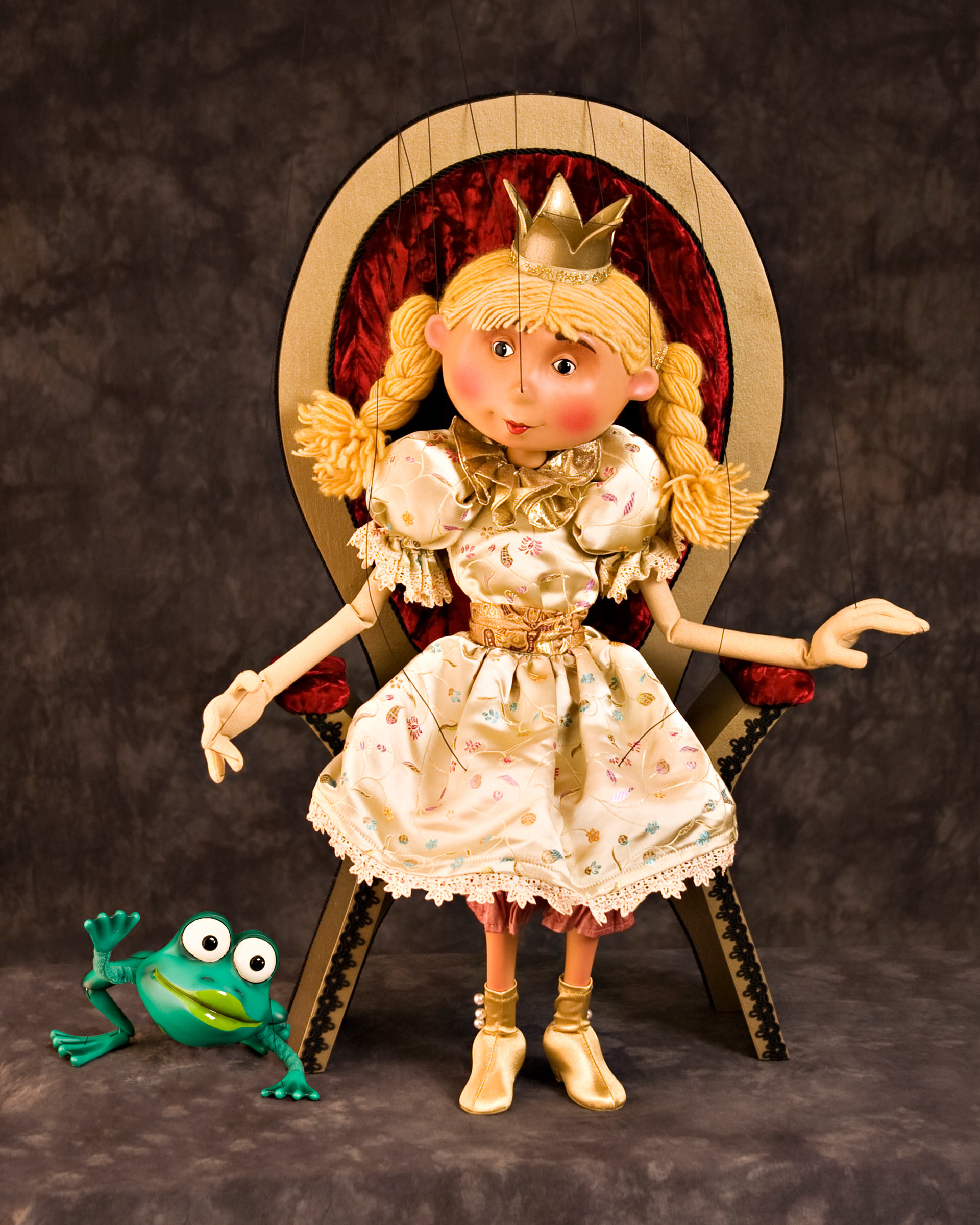 The Fratello Marionettes present The Frog Prince